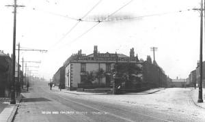 Globe pub around 1920